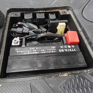 アドレスV125S バッテリー交換 簡単